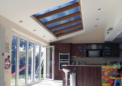 Keeping this kitchen cool yet still allowing natural light in